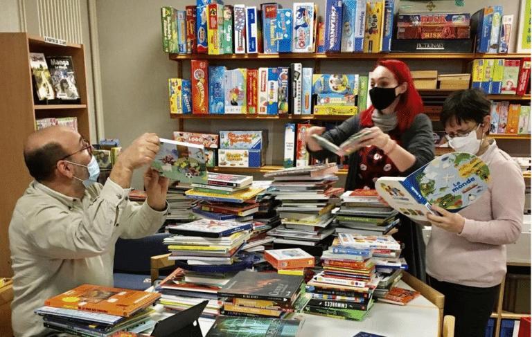 médiathèque de livres neufs à prix réduit